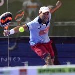 Seba Nerone, en acción en el Estrella Damm Marbella Open (World Pádel Tour)