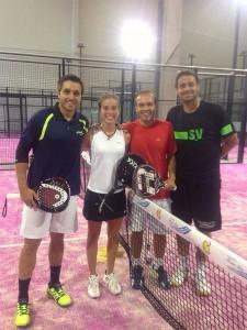Marta Ortega, con Fernando Belasteguín, Roby Gattiker y Willy Castañón
