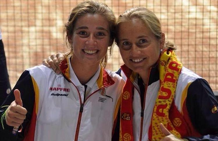Marta Ortega y Carolina Navarro, en el Mundial 2014