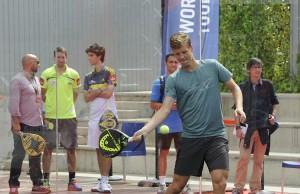 Thomas Berdych, jugando al pádel en el Mutua Madrid Open