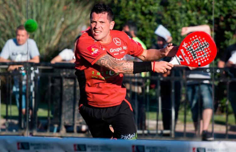 Tito Allemandi, en acción en el Buenos Aires Pádel Máster