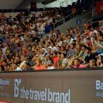 Gran ambiente en las gradas del Palau Son Moix durante la disputa del Estrella Damm Palma de Mallorca Open