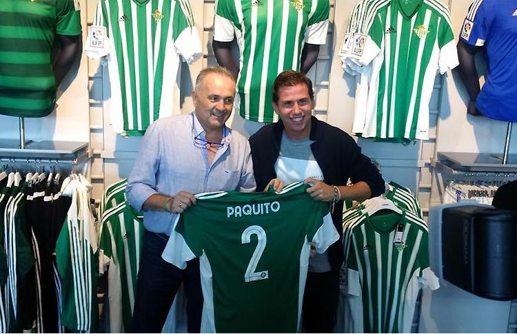 Paquito Navarro, junto a Gordillo, en una jornada inolvidable junto al Real Betis