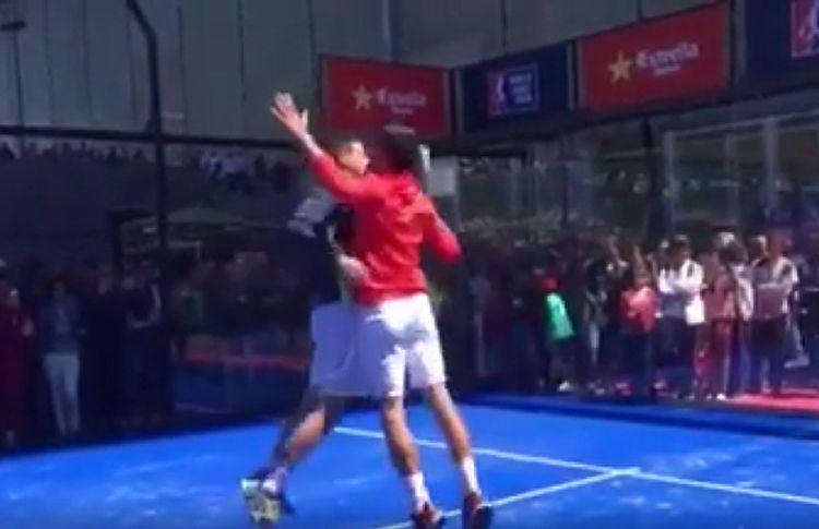 ¿Qué tal se le daría el pádel a Novak Djokovic?