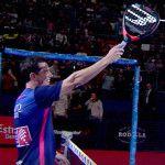 Paquito Navarro regala su primera Hack de Bullpadel tras ganar el Estrella Damm Másters Finals