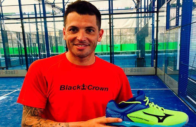 Tito Allemandi, nouvelle marque de chaussures de l'équipe Mizuno