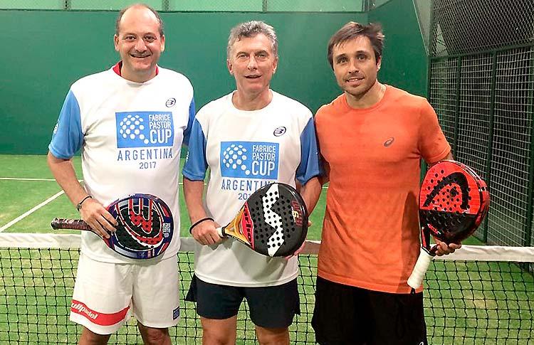 Fabrice Pastor, con Mauricio Macri, Presidente argentino, y Fernando Belasteguín