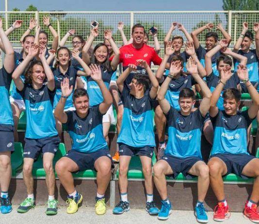 Diversión y grandes momentos en el inicio del I Allianz Junior Pádel Camp