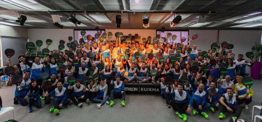 La foto oficial de la presentación de Kuikma.