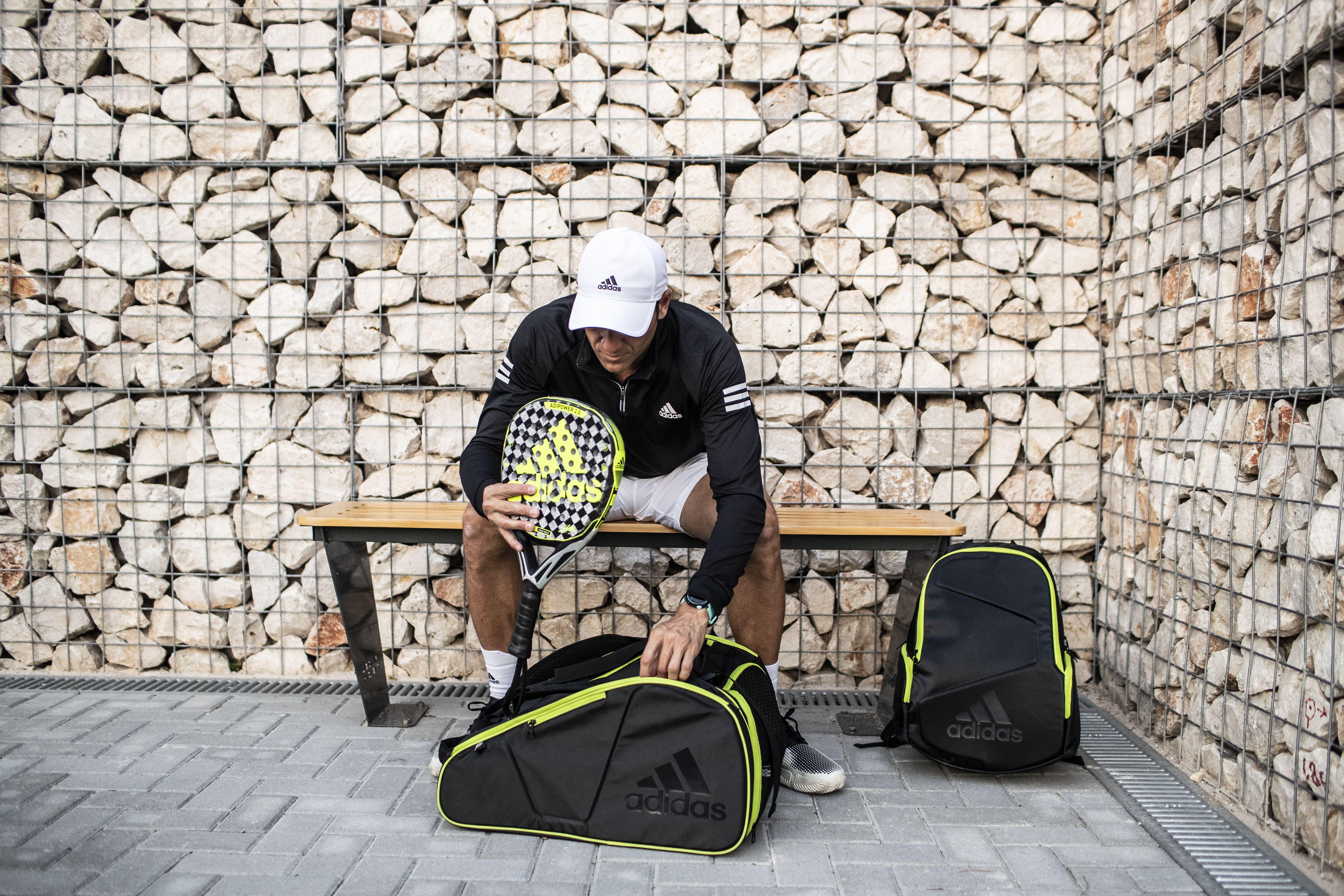 Seba Nerone con su nueva pala Adidas Adipower.   Foto: Adidas Padel
