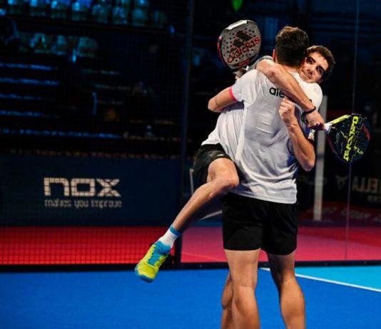 Un duelo vibrante y la victoria de los nº 1 marca el inicio del Masters Finals